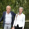 François Berléand et sa compagne Alexia Strési - People dans le village lors du tournoi de tennis de Roland-Garros à Paris, le 2 juin 2015.