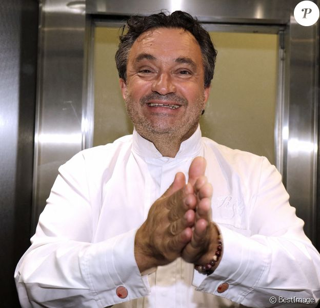 Le chef cuisinier Yves Camdeborde à Paris