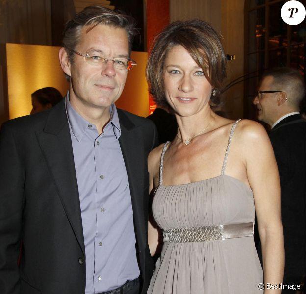 """Carole Gaessler et son mari Franck - Dîner de soutien pour la fondation """"AIDES"""" à Paris"""