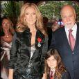 René Angélil et Céline Dion avec leur fils René-Charles à Paris, au musée Grévin