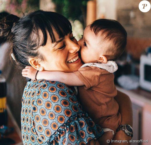Alizée avec sa fille Maggy sur Instagram.