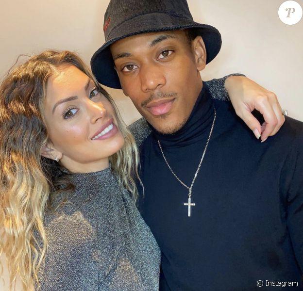 Mélanie Da Cruz, candidate de télé-réalité, est mariée au footballeur Anthony Martial. Le couple a un petit garçon, Swan.