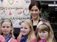 La princesse Mary de Danemark, toujours ravissante, vient en aide à de... jolies blondinettes !