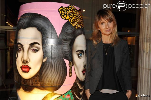 """Axelle Laffont, à l'occasion de l'exposition des """"Barriques Haute Couture"""", présentée par Gérard Bru, à l'Hotel Westin, à Paris, le 26 octobre 2009 !"""