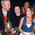 """ARCHIVES - Jean-Paul Gaultier, Guesch Patti et Kylie Minogue à la soirée """"Venus de la mode"""" à Paris."""