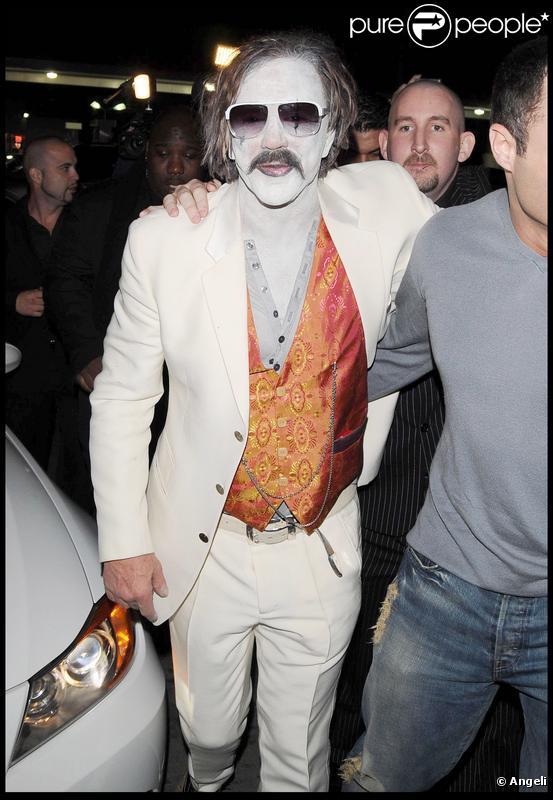 Mickey Rourke au sortir d'une soirée Halloween à Hollywood le 29 octobre 2009
