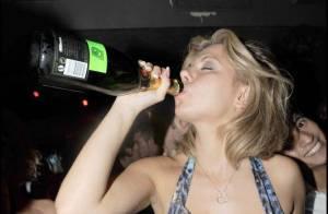 Secret Story 3 : revivez la folle soirée de Cindy... elle a tout essayé ! TOUT !
