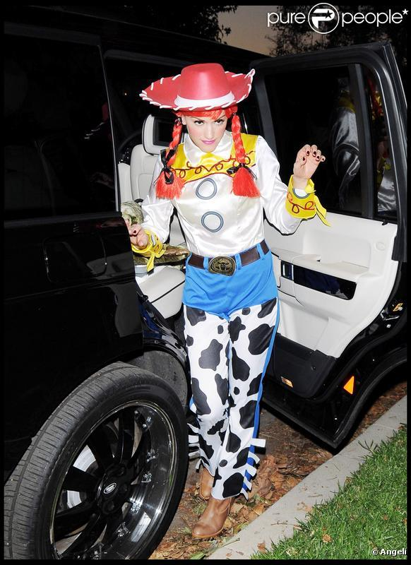 Gwen Stefani pour Halloween (Los Angeles 31 octobre 2009)