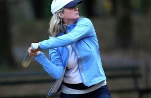 Rachel Hunter : Abandonnée avant son mariage, elle se défoule au base-ball avec... un truand de Pulp Fiction !