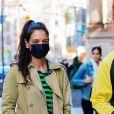 Katie Holmes fait une sortie shopping avec son compagnon Emilio Vitolo Jr. à New York le 9 mars 2021.
