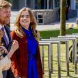 Le roi Willem-Alexander des Pays-Bas avec ses filles la princesse Alexia des Pays-Bas et la princesse Ariane des Pays-Bas - La famille royale des Pays-bas réunie à Eindhoven à l'occasion de la fête du Roi (Koningsdag), anniversaire du roi (54 ans), le 27 avril 2021.