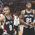 Tony Parker et Tim Duncan sous le maillot des San Antonio Spurs en 2006.