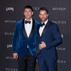"""Ricky Martin et son mari Jwan Yosef au photocall de la soirée """"2019 LACMA Art + Film Gala"""" au Los Angeles County Museum of Art. Los Angeles, le 2 novembre 2019."""