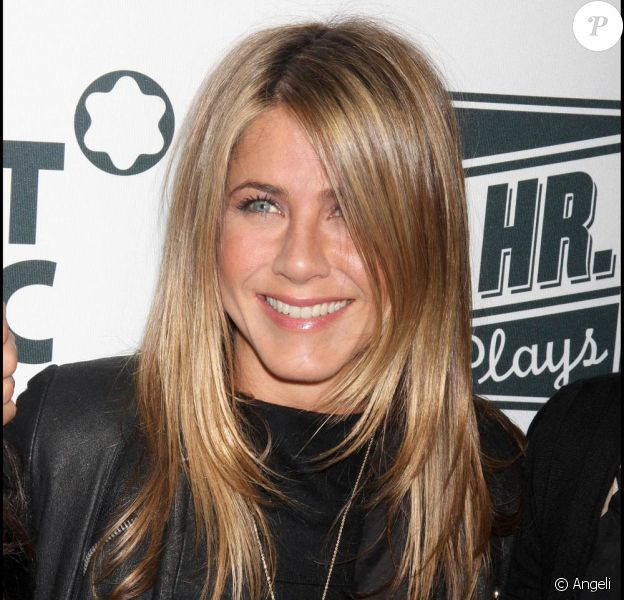"Jennifer Aniston, à l'occasion de la grande soirée ""24 hours plays on Broadway"", à New York, le 9 novembre 2009."