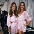 Alessandra Ambrosio et Ana Beatriz Barros, à l'occasion du Victoria's Secret Fashion Show, qui s'est tenu au Lexington Armory de New York, le 19 novembre 2009.
