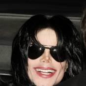 Michael Jackson : un gant de cuir lui appartenant se vend... 10 000 fois sa valeur d'origine !