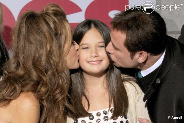 Kelly Preston, John Travolta et leur fille Ella Bleu lors de la première du film Old Dogs (Papy-Sitter) à Hollywood le 9 novembre 2009