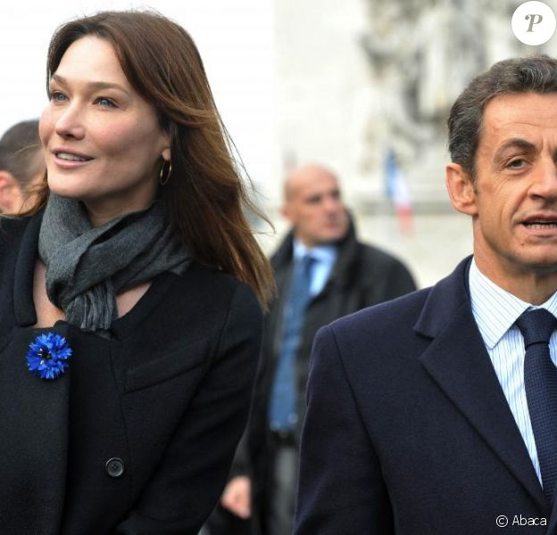 L'assistant et secrétaire de Carla Bruni, Franck Demules, s'occupe désormais de la sono lors des interventions de Nicolas Sarkozy à l'étranger. Une sacrée promotion !