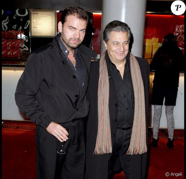 Clovis Cornillac et Christian Clavier lors de la première de La  Sainte Victoire à l'Ugc de Bercy à Paris le 30 novembre 2009