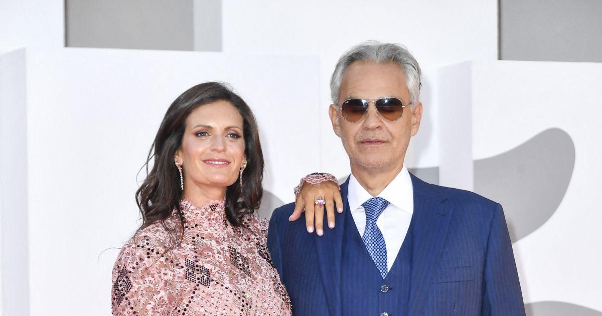 Andrea Bocelli fou amoureux de Veronica Berti : ils dansent à la Mostra de Venise
