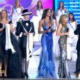 Miss France 2010, Malika Ménard, resplendissante lors de la remise de son diadème...
