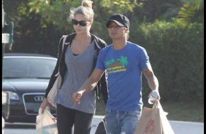 Julio Iglesias Jr. : Avec sa chérie, la belle Charisse... c'est vacances et love story toute l'année !