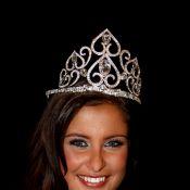 """Regardez Malika Ménard, notre Miss France 2010 se confier à Nikos : """"Je suis 100 % française""""..."""