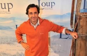 Regardez le cinéaste Nicolas Vanier... vous emmener au pays merveilleux des Loups !