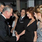 Regardez le prince Charles et Camilla rencontrer Peter Jackson, Susan Sarandon et la belle Saoirse Ronan !