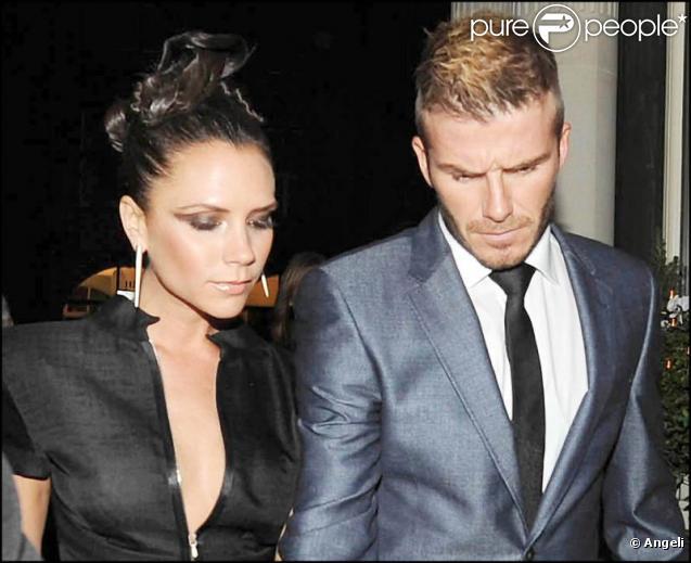 David et Victoria Beckham arrivent à la soirée Harper's Bazaar à Londres le 8/12/09