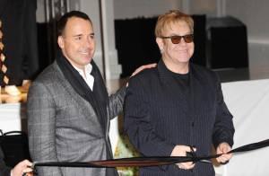 Elton John vend sa garde-robe perso ! Euh... Regardez les modèles... ça va pas aller à tout le monde !