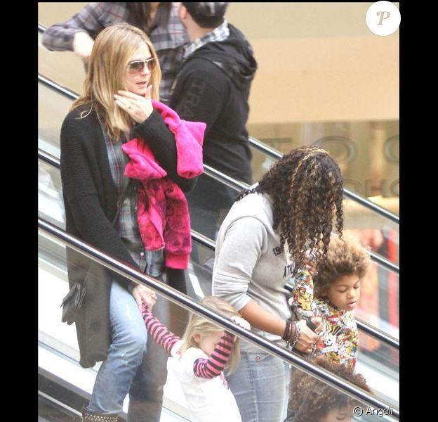 Heidi Klum à Beverly Hills avec ses enfants Leni, Henry et Johan