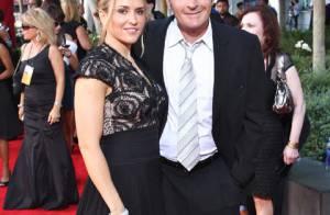 Malgré le scandale, Charlie Sheen et sa femme ne veulent pas divorcer...