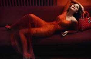 Marion Cotillard revient en chanson, regardez-la divine en femme fatale...