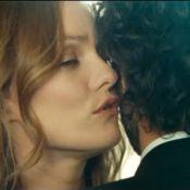 Regardez la belle Vanessa Paradis faire des avances à Romain Duris... Va-t-il résister ?