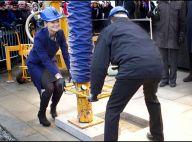 La princesse Victoria a enfilé son bleu de travail... pour repérer les lieux de son mariage !