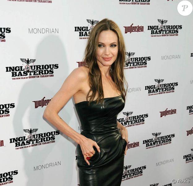 Angelina Jolie lors de l'avant-première d'Inglourious Basterds, en juin 2009.