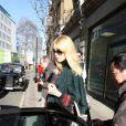 Claudia Schiffer à la sortie du Great Portland Street Hospital à Londres le 1er février 2010