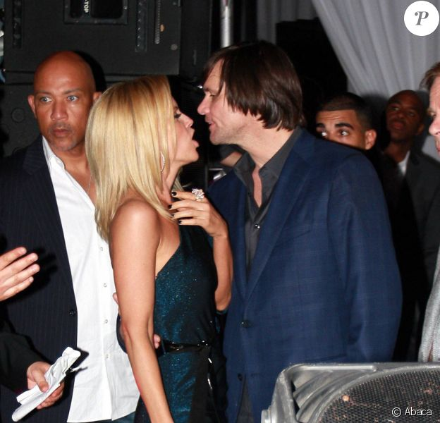 Jim Carrey et Jenny McCarthy, le samedi 6 février, à l'occasion d'un gala de charité organisé à Miami pour récolter des fonds pour l'association de cette dernière.