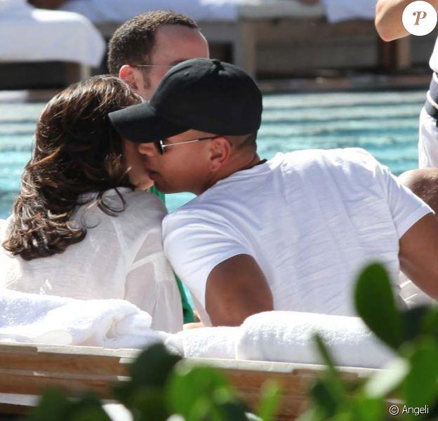 Alex Rodriguez oublie Kate Hudson avec sa nouvelle petite-amie, à Miami, le 6 février 2010 !