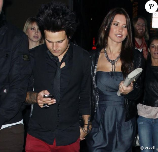 Audrina Patridge et son nouvel ami Ryan Cabrera se rendent à l'ouverture du bar TheDelphine Eatery and Bar à Los Angeles le 12 février 2010