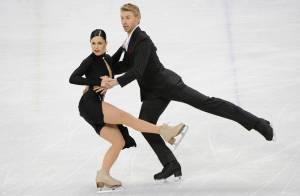Isabelle Delobel et Olivier Schoenfelder : démarrage timide pour les Français en patinage artistique aux JO...