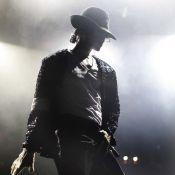"""Regardez Michael Jackson chanter """"This is it""""... avec un guest très spécial !"""