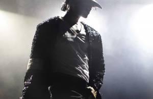 Regardez Michael Jackson chanter