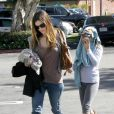 Rachel Bilson et sa soeur Hattie à Los Angeles, le 28 février 2010