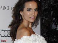 Camilla Belle, éblouissante de beauté devant... la plus sexy des vampires !