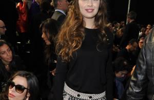 Marie-Ange Casta et Elodie Bouchez : elles ont admiré le show Louis Vuitton et les célèbres top models qui ont défilé !