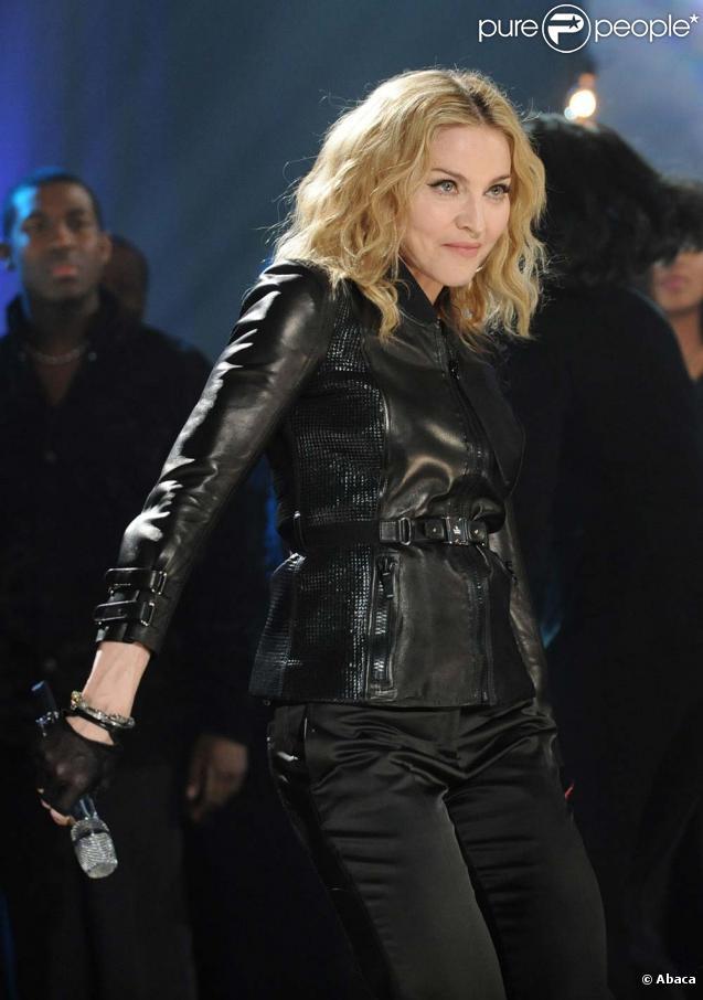 Découvrez la nouvelle campagne de Madonna pour Dolce & Gabbana, mars 2010 !