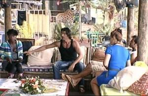 La Ferme Célébrités en Afrique : Claudette devient sexy, Kelly redevient idiote... et une dispute éclate entre Greg et Hermine !