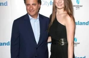 Le grand Andy Garcia au bras de sa sublime fille... pour une plongée en plein coeur de New York !